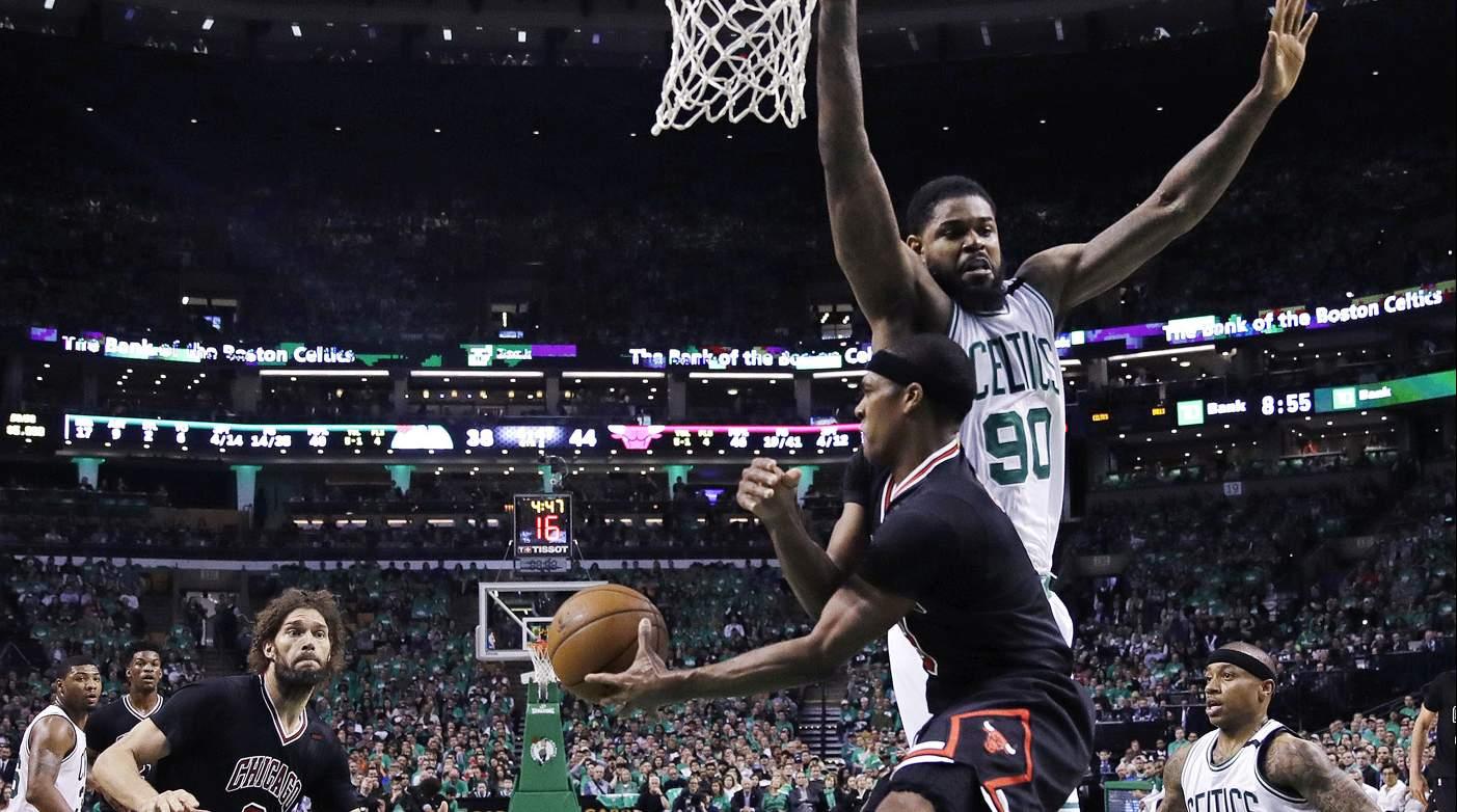 Clippers y Raptors empatan serie; Celtics sucumben ante los Bulls con Rondo