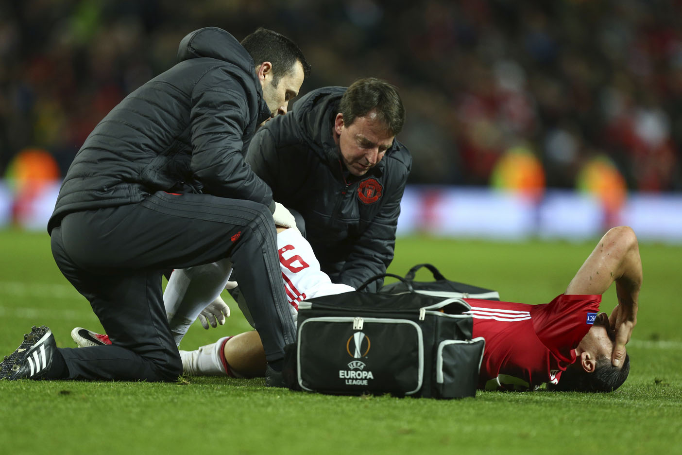 Ibrahimovic y Rojo se perderán el resto de la temporada — Manchester United