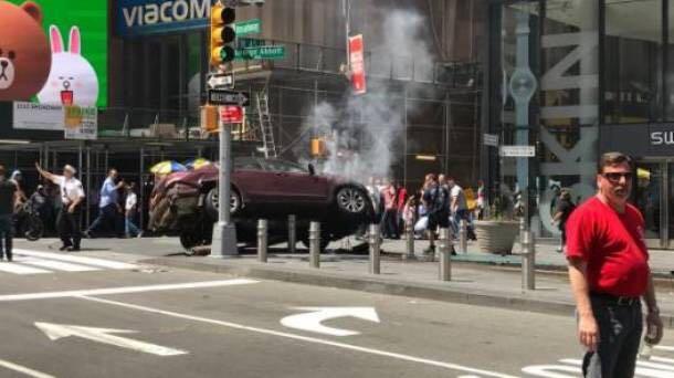 La adolescente que murió en Times Square — Alyssa Elsman