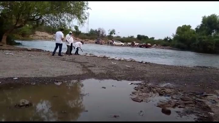 Aparecen flotando costales con restos humanos en Río Humaya
