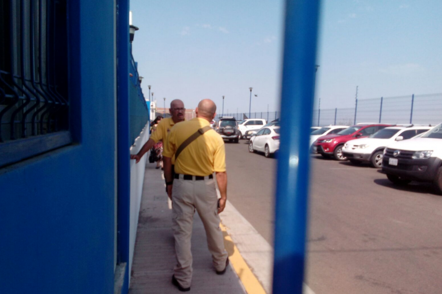 Ejecutan a un hombre en colegio de Sinaloa