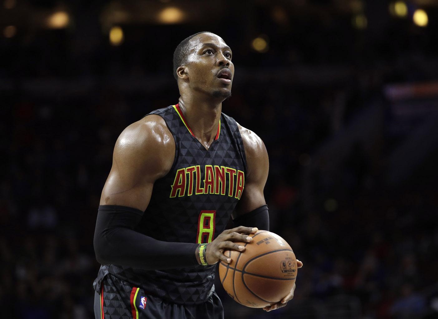 Dwight Howard se muda a Charlotte para jugar con los Hornets