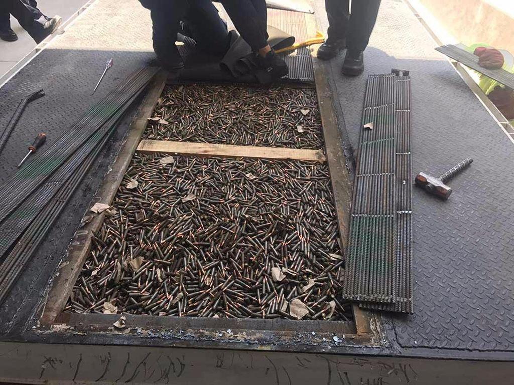 Decomisan en Sonora cientos de cartuchos en tráiler que iba a Torreón