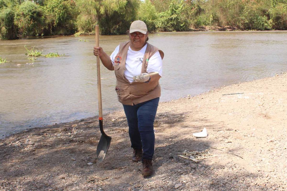 Dentro de río en Culiacán encuentran al menos 70 restos óseos