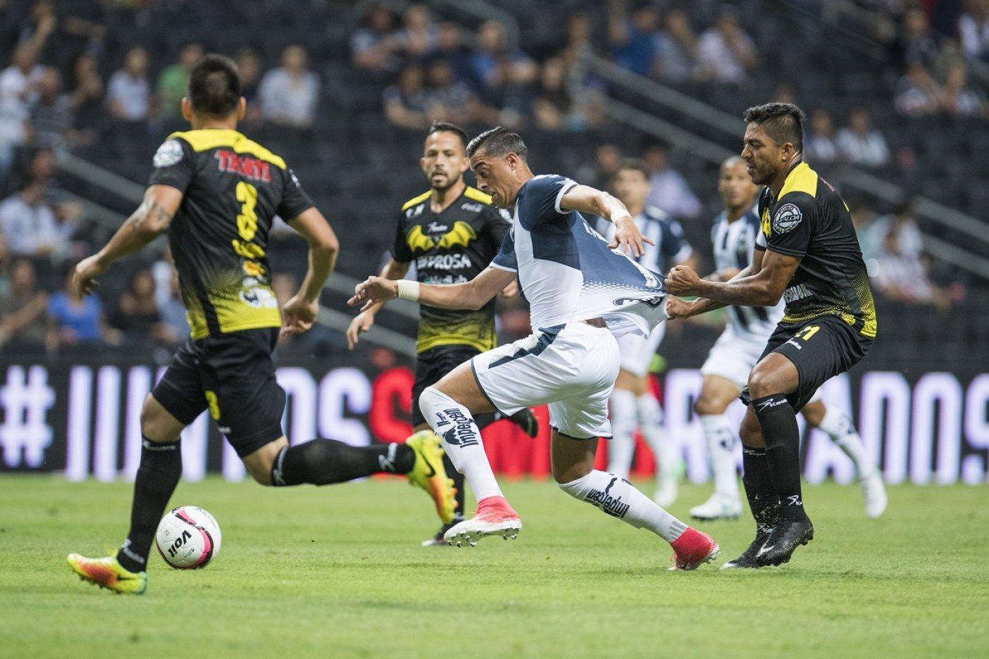 Con hat-trick de Rogelio Funes Mori, Rayados cierra perfecto su pretemporada