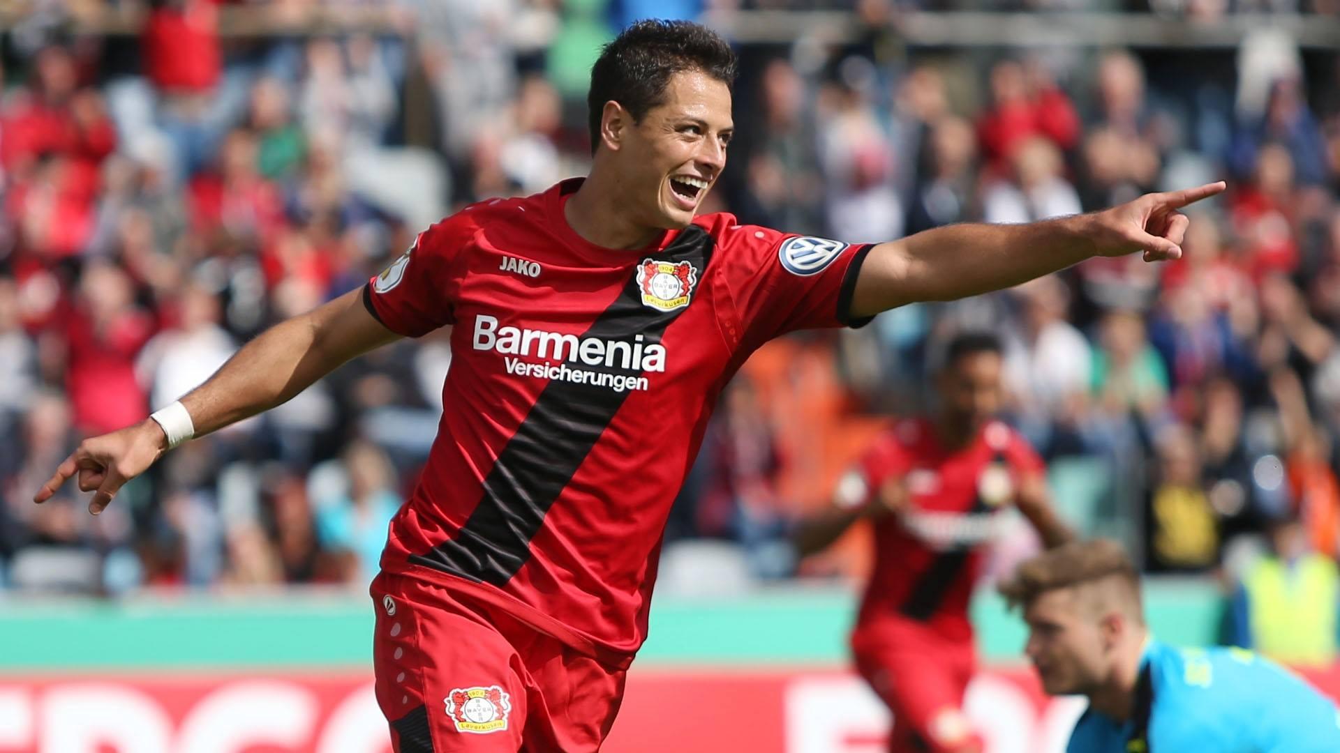 Chicharito regresa a la Premier League — Oficial