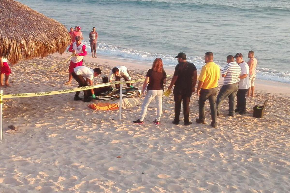 Menor muere ahogada; otros dos son enviados al hospital