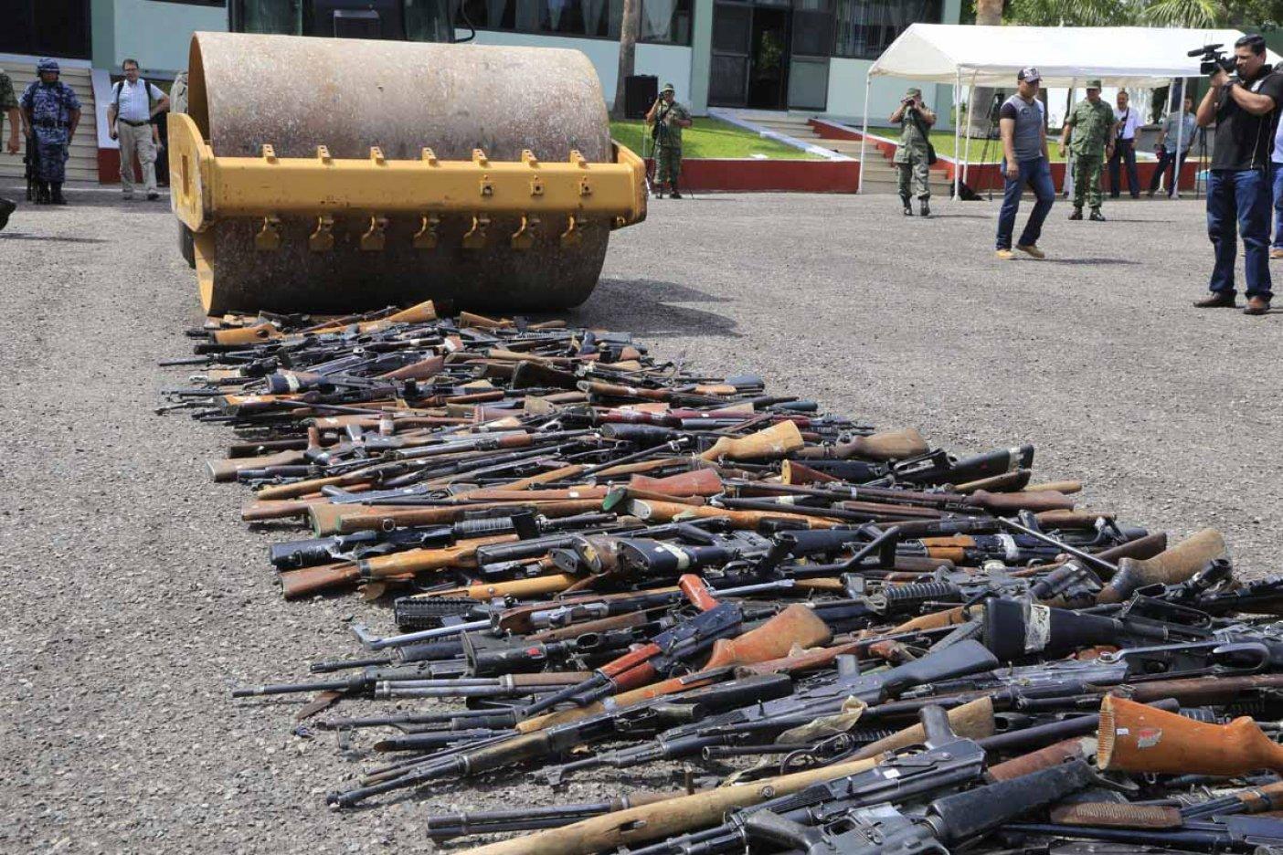 Destruye la Sedena casi 2 mil armas del hampa