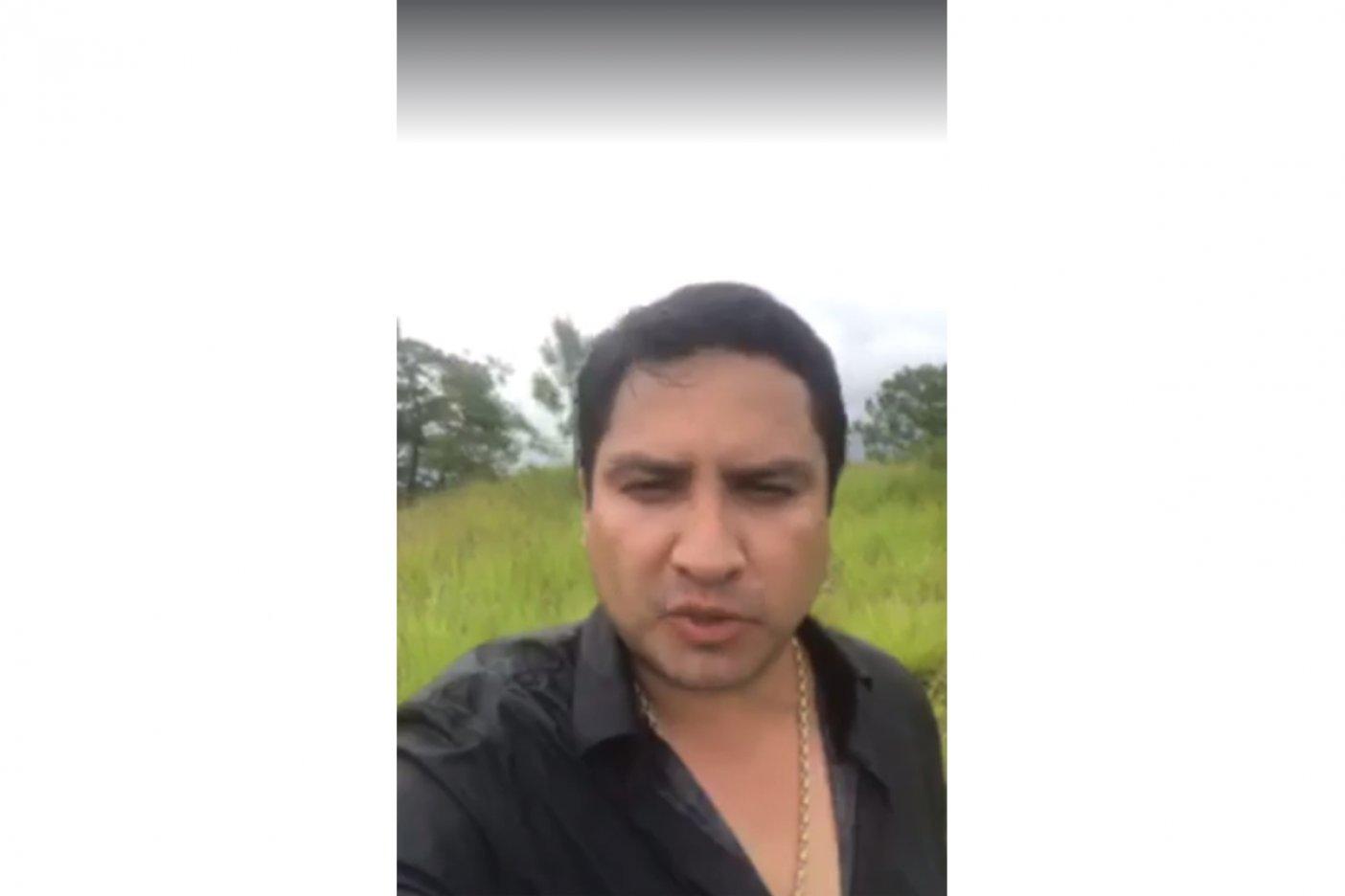 Trata Julión Álvarez de enviar mensaje