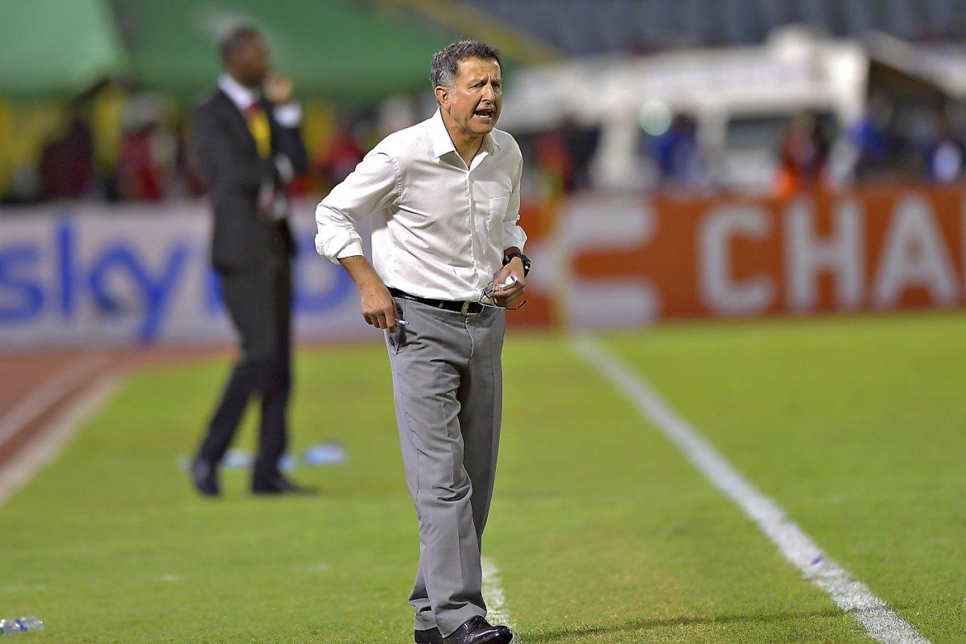 Juan Carlos Osorio visita al Atlético Nacional