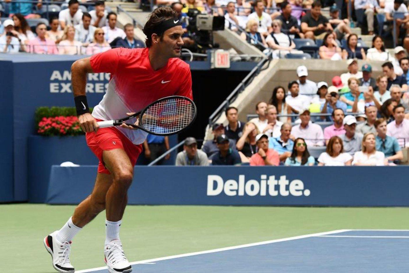 US Open: Federer sufre para ganar en su estreno