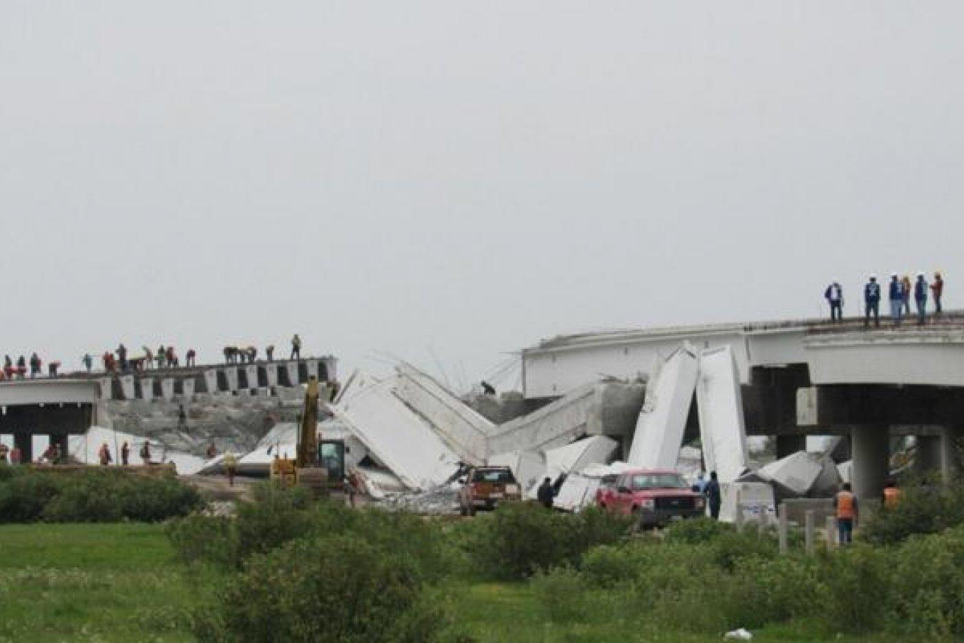 Sismo provoca desplome de puente que conectará al NAICM