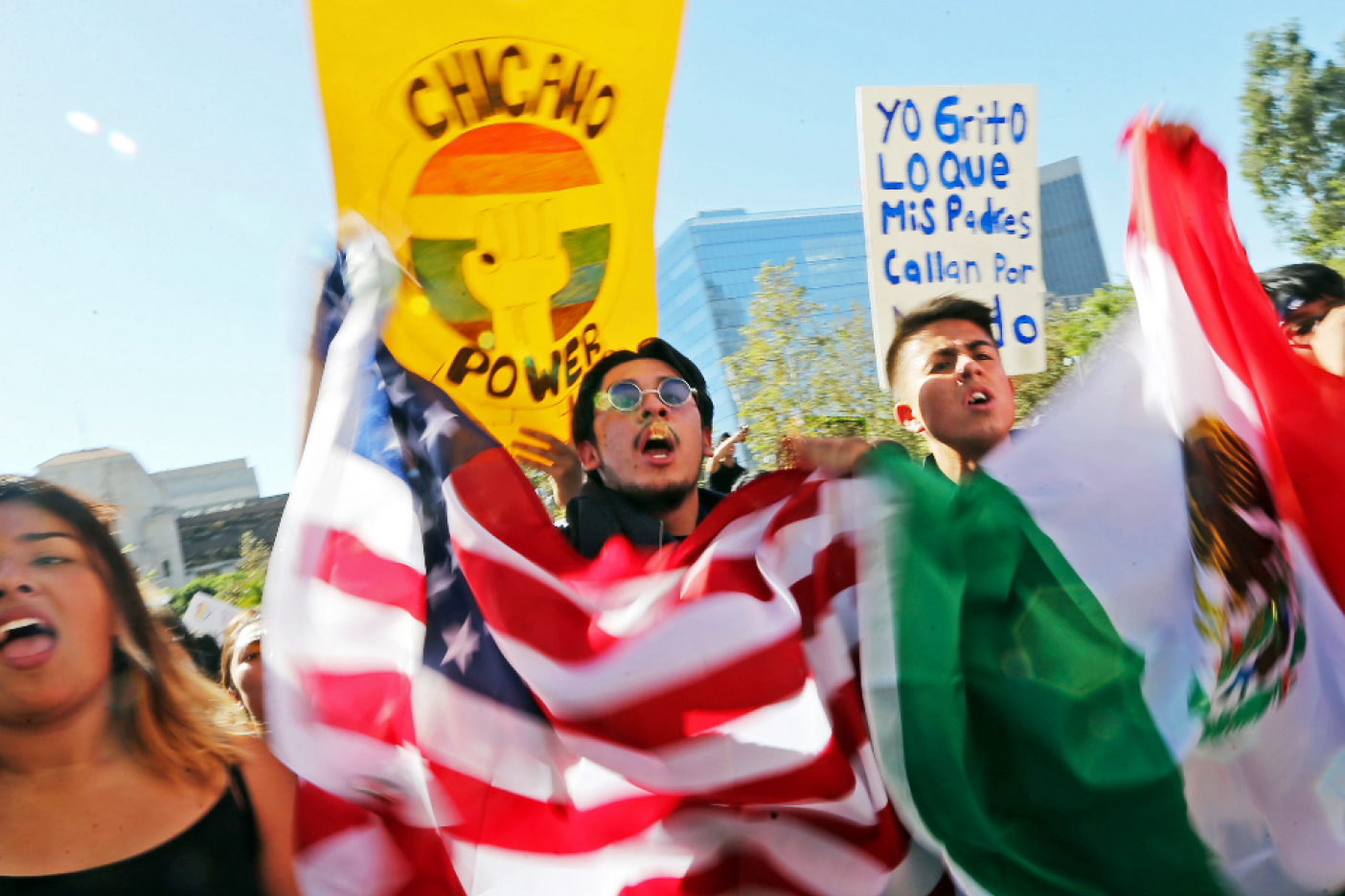 California demanda a Trump por lo de DACA