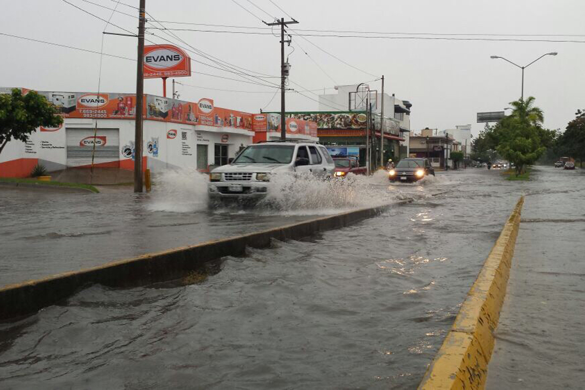 Tormenta tropical Pilar en el Pacífico méxicano