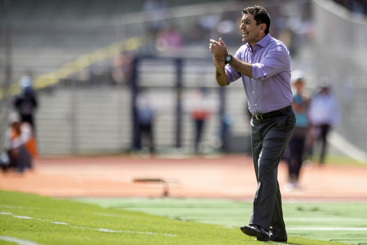 Pumas ratifica a Patiño como su técnico