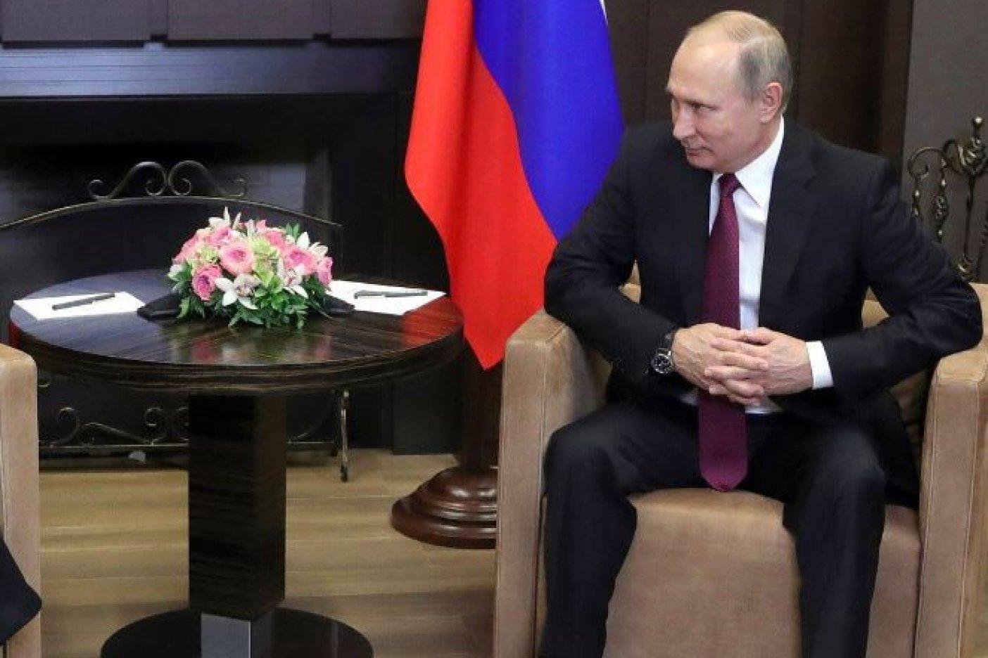Putin promulga ley que permite calificar de