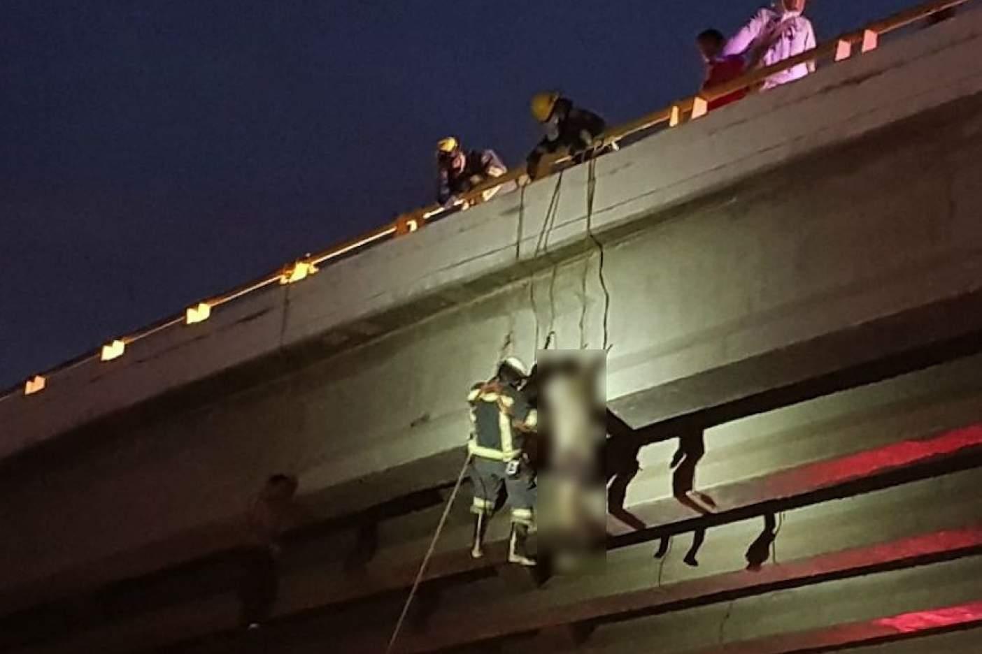 Cuelgan seis cuerpos en diferentes puentes de La Paz y Los Cabos