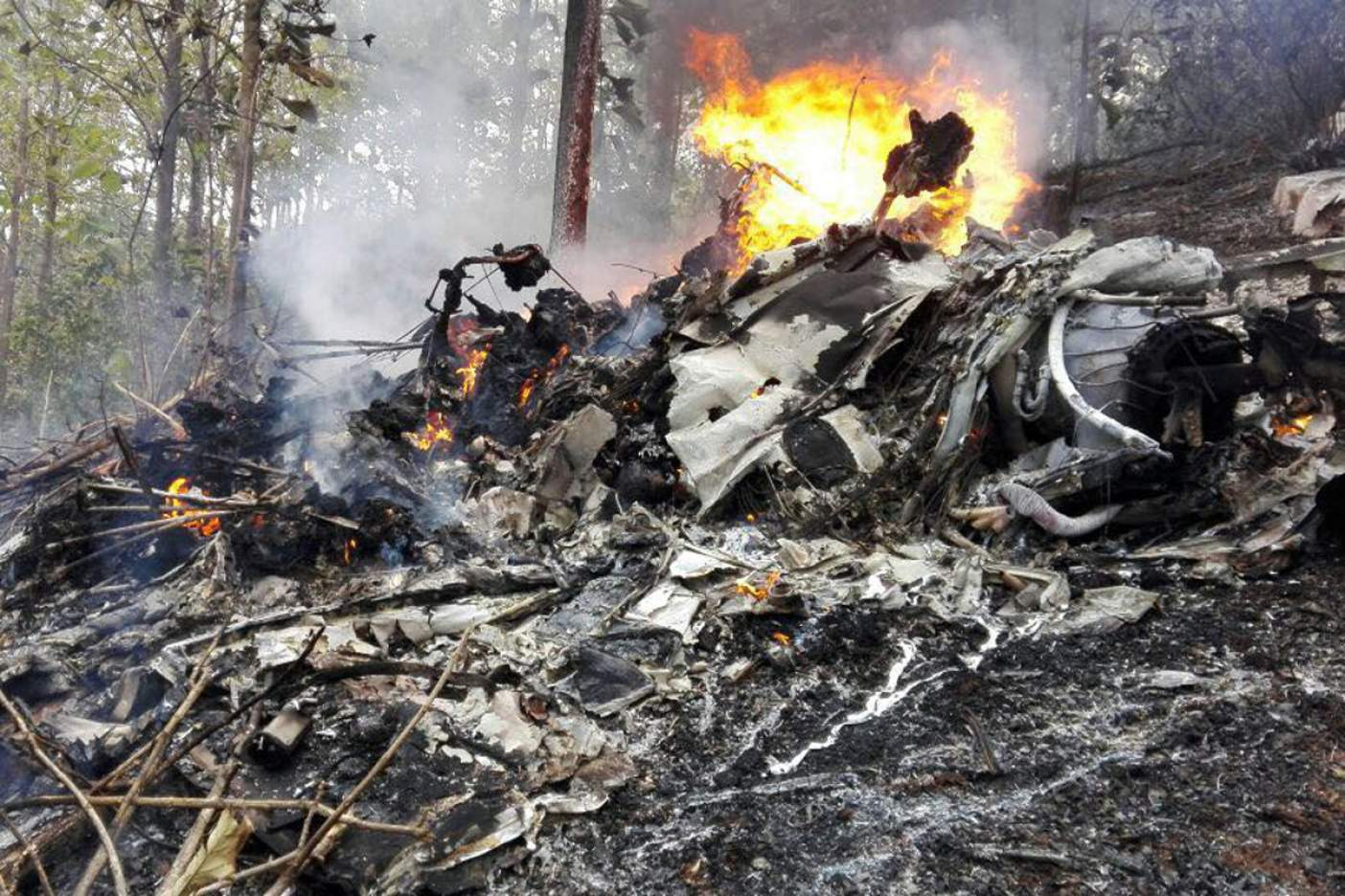 Mueren los 12 tripulantes de avión en Costa Rica — ÚLTIMA HORA