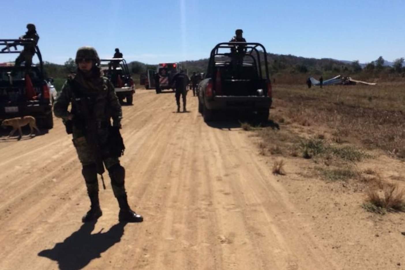#AlertaADN Se desploma avioneta en Sinaloa y deja dos muertos